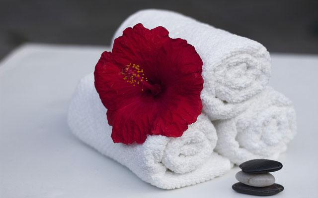 Day Spa Massage - Clean Towel